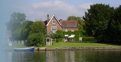 The Old Vicarage B&B accommodation in Bisham near Marlow